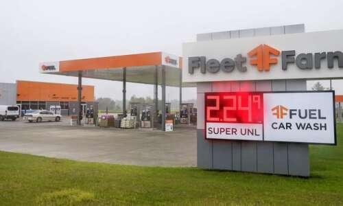 Gas war rages near Highway 100