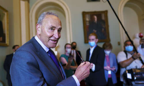 Senate advances nearly $1 trillion infrastructure plan