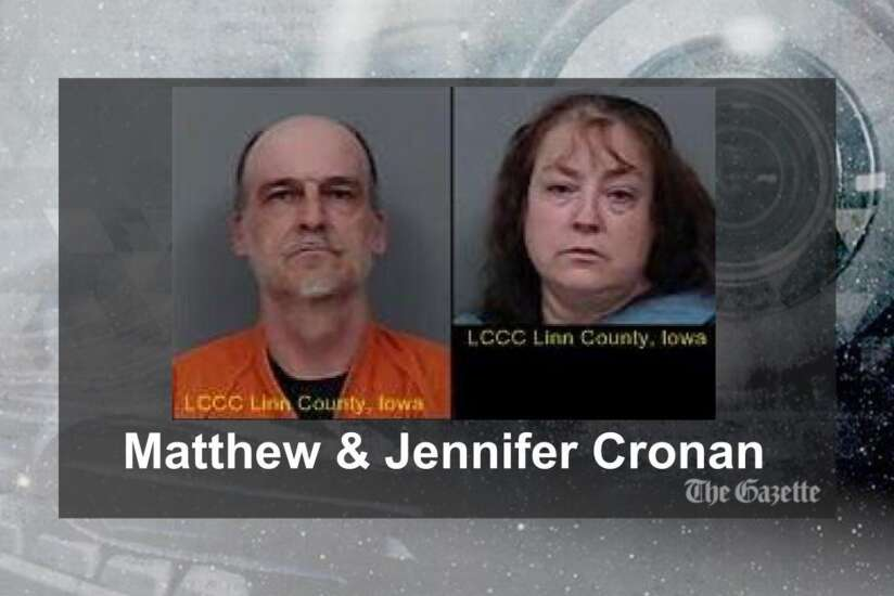 Police: Marion couple stole $26,000 in gift cards from Salvation Army