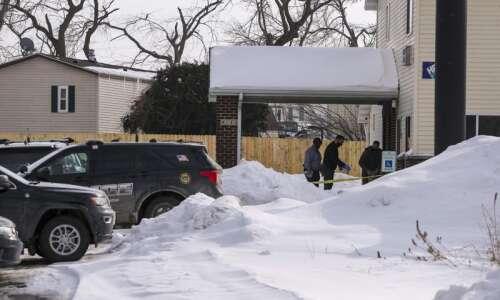 Domestic violence preceded fatal stabbing, Cedar Rapids police say