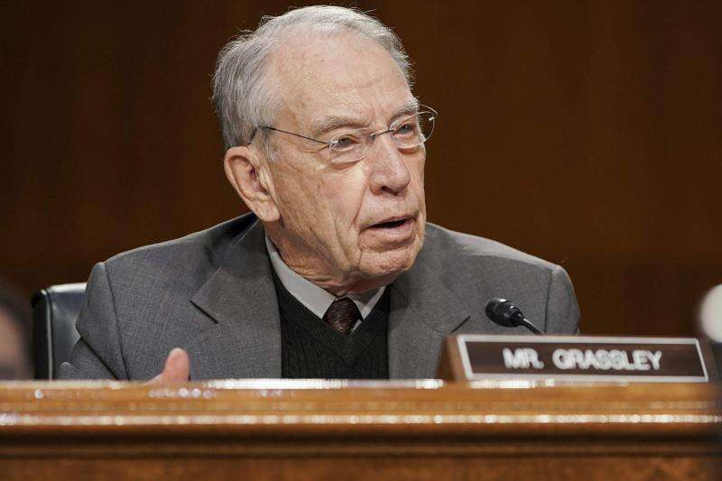 Chuck Grassley backs proposed changes to Iowa's election laws
