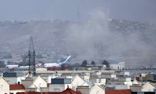 12 U.S. troops killed in Afghan airport bombings