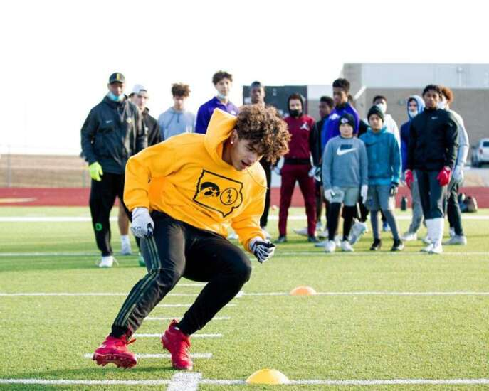 Here are the 2021 Iowa football recruits enrolling early
