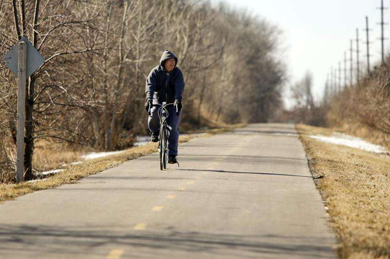 As Iowa trails become more crowded, follow these rules and etiquette tips