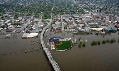 Davenport residents want river flooding fix, but not flood wall