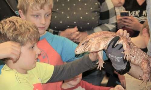 Kalona Public Library hosts reptile program