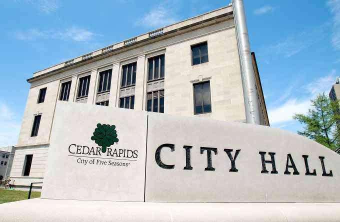 Cedar Rapids council backs campaign finance reform movement