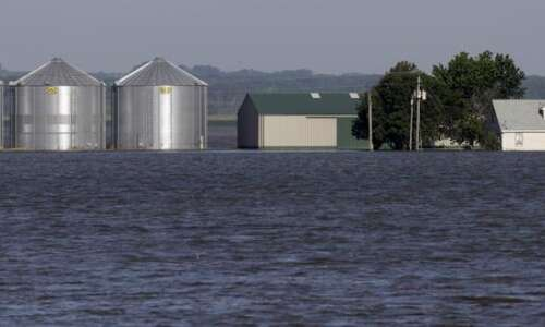 Feds ordered to pay landowners for flooding damage along lower…