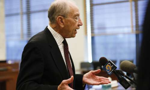 Photos: Grassley in C.R. for hearing on drug abuse issues