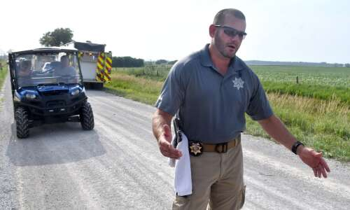 Couple from Missouri killed in plane crash near Muscatine