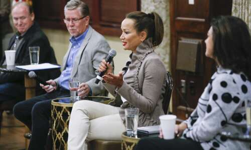 Partisan divides trickle into nonpartisan Cedar Rapids mayoral race