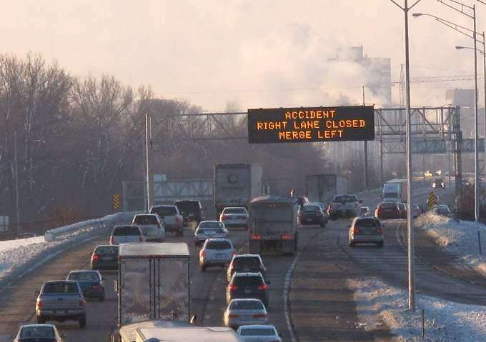 Five crashes cause delays for I-380 commuters in Cedar Rapids