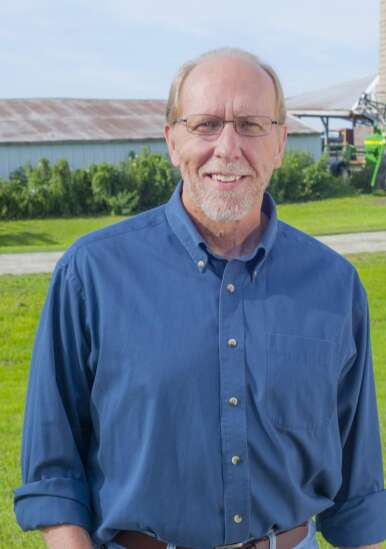Iowa Democrats pledge support to Pelosi