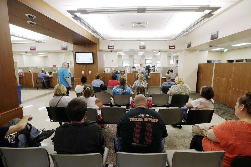 Linn County officials focused on improving customer satisfaction