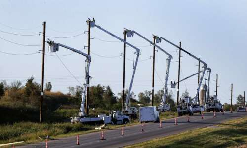 ITC Midwest, Alliant Energy receive national award for derecho response