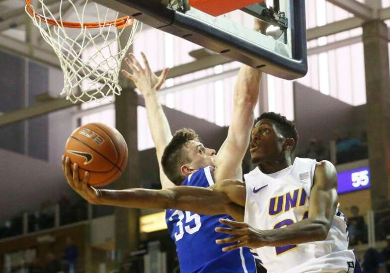 AJ Green's continued excellence, Isaiah Brown's emergence among top UNI basketball storylines
