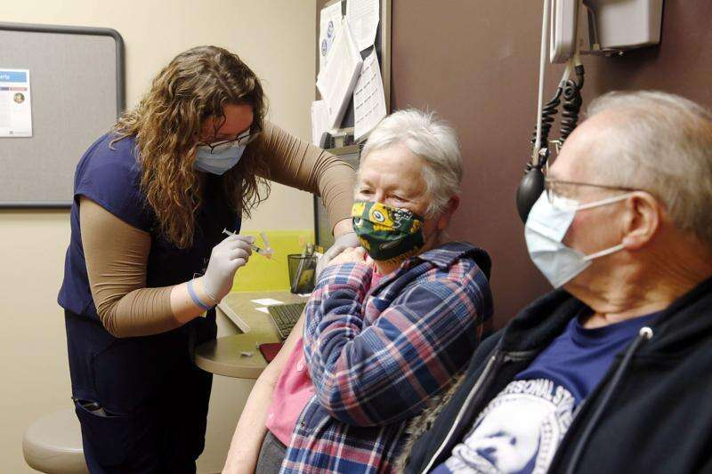 Almost 263,000 get COVID-19 vaccinations in Iowa