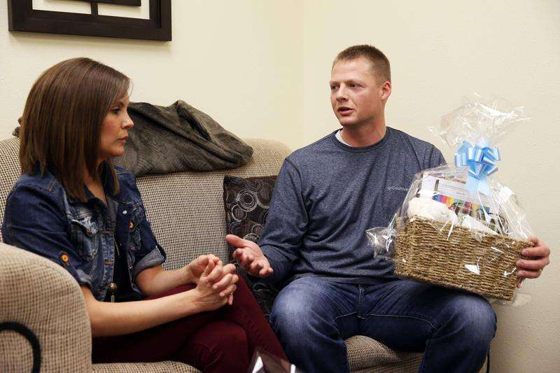 Murder of Iowa mom inspires man to help others