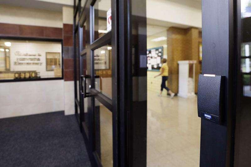 Newstrack: Cedar Rapids district revamps elementary school's security