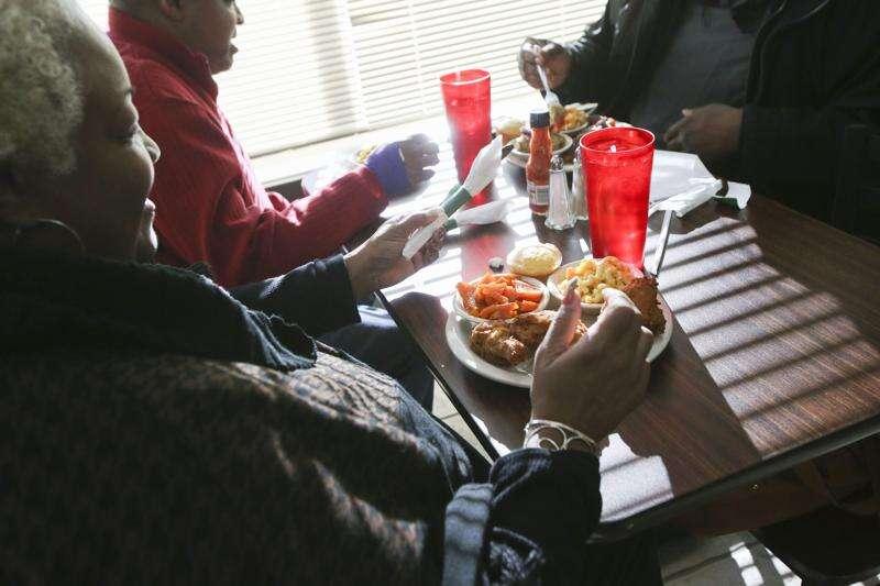 Family recipes shine at Vivian's Soul Food in Cedar Rapids