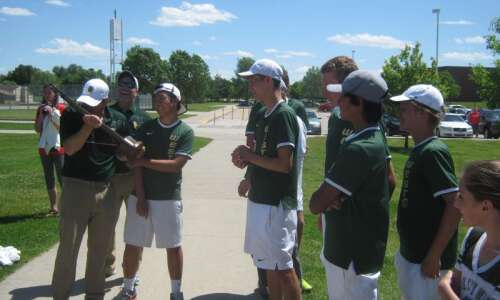 Iowa City West tennis coach Mitch Gross closing in on…