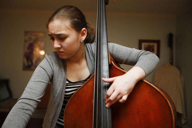 Iowa City musician says going online high school route helped her get to Juilliard