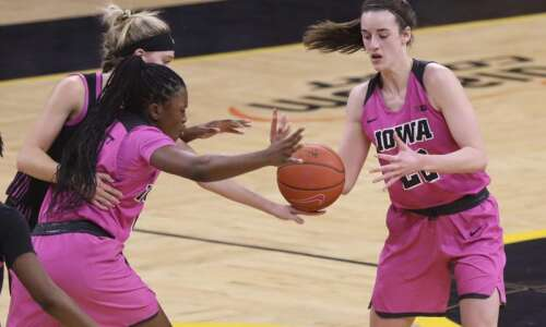Big Ten player-of-the-year frontrunners on display when Iowa hosts No.…