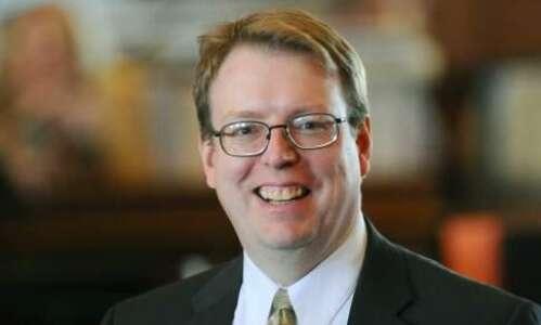 Iowa senator wants information about Branstad's allegations of state employee…