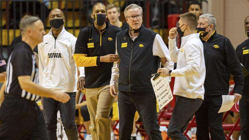 Iowa men's basketball has another substantial second-half lead and game escape