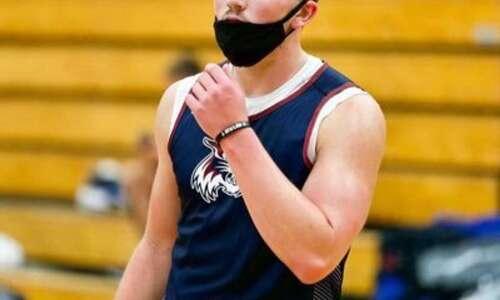 Chris Kingsbury's son to play basketball at Iowa