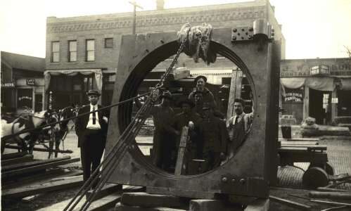 Piece of History: A 'beautiful' bank vault in Cedar Rapids
