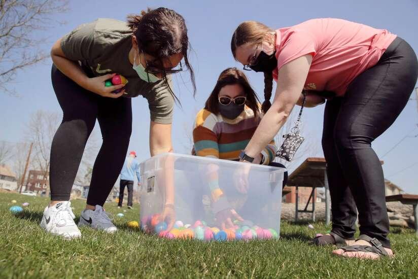 Photos: Redmond Park Easter Egg Hunt