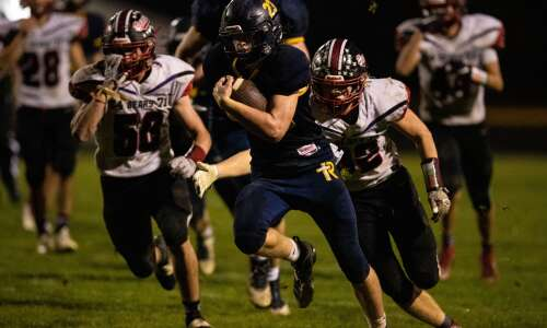 Answering Iowa high school football playoff questions in 4 Downs