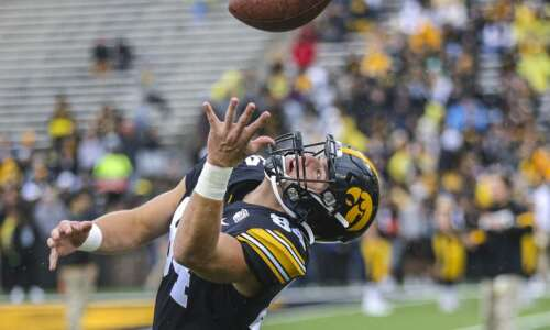 Iowa talks 'next men up' mentality at tight end, defensive…