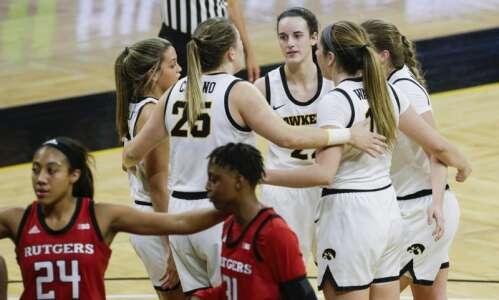 Caitlin Clark, Iowa women's basketball look to bounce back against…