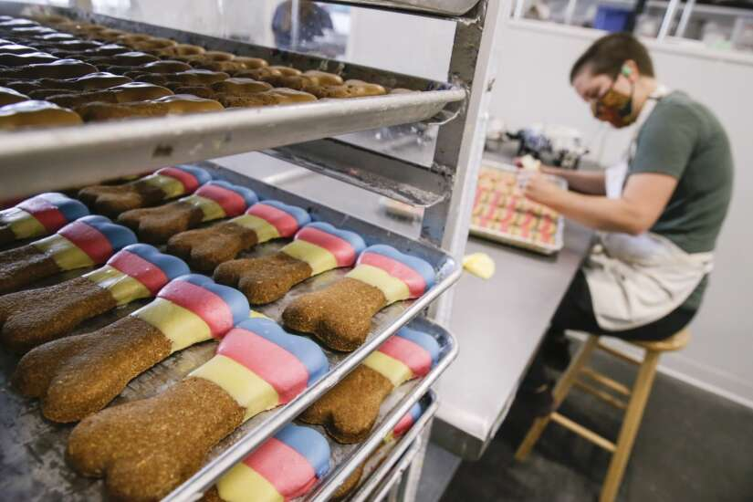 Woofables dog bakery plans production expansion in Coralville