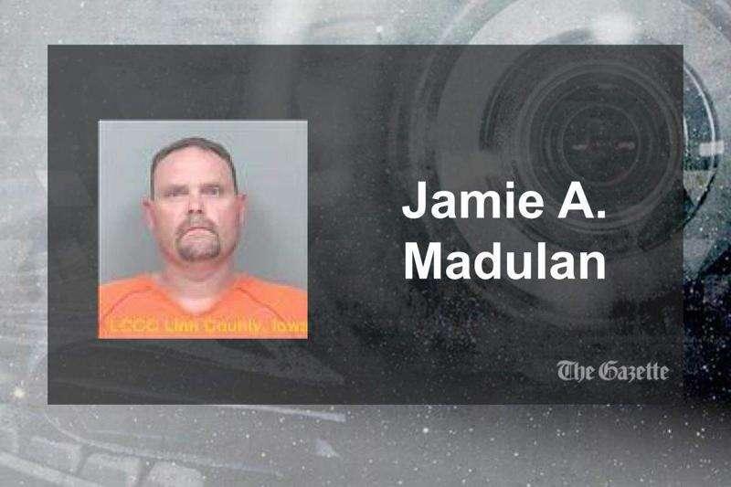 Man accused of assaulting, robbing woman at Cedar Rapids apartment