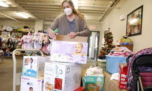 Diaper bank opens distribution to all community for 'diaper days'