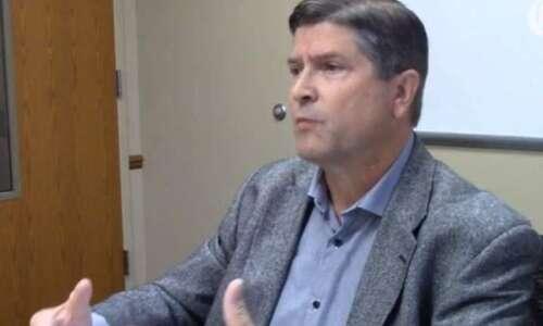 Linn County Auditor Joel Miller running for Secretary of State