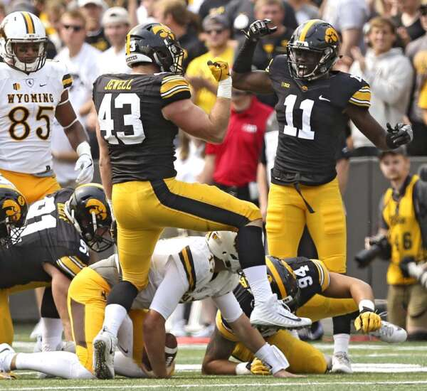 Trust factor huddled with Iowa's defense against Wyoming