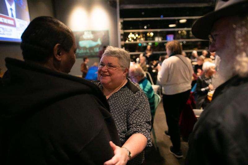 Janelle Rettig announces she's no longer a Johnson County supervisor