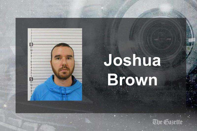 Starmont School District employee accused of having sex with student