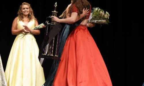 Seven girls compete for Washington County Fair Queen
