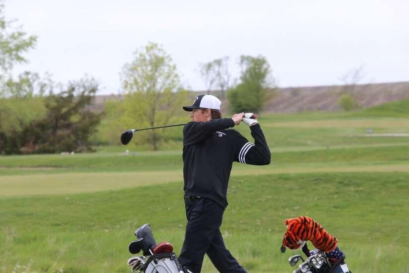 Passion for golf powers Vinton-Shellsburg's Brayden Almquist