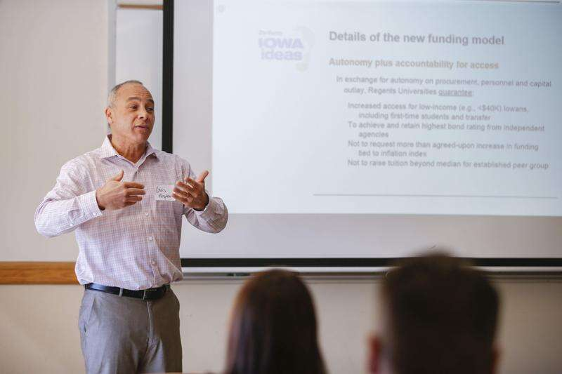 University of Iowa professor pitches new funding model