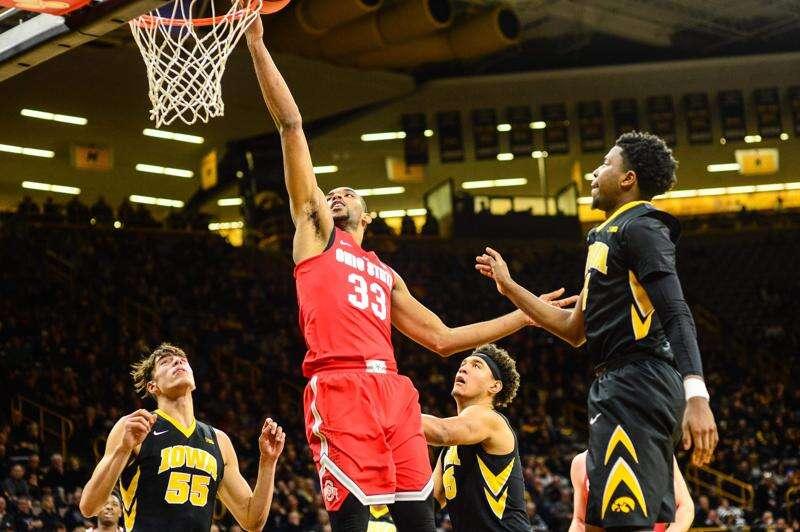 Hlas: Men's basketball misery has Iowa-wide company