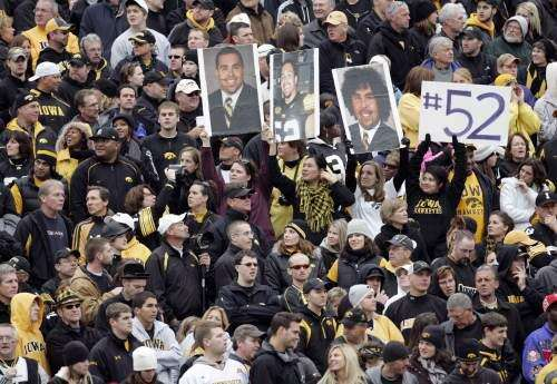 Ex-Hawkeye center Rafael Eubanks moves from football field to medical field