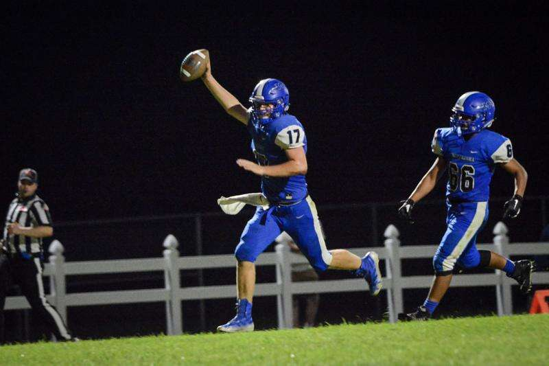 Iowa high school football roundtable: Gazette writers answer questions from social media followers