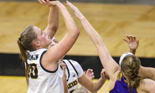 Torn ACL will sideline Iowa's Sharon Goodman for 2021-22 season
