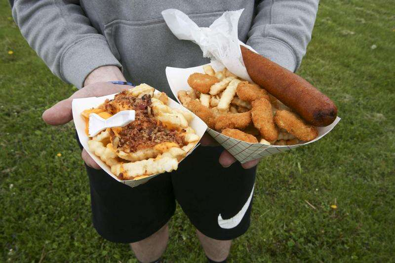 Iowa family keeps concession stand open even with fairs canceled